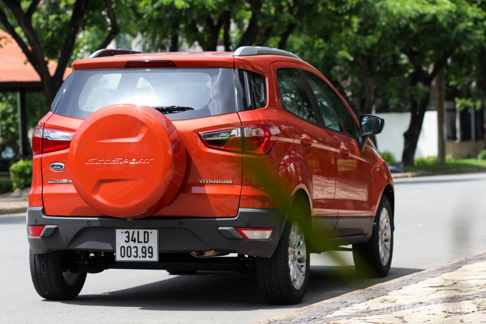 duoi-xe-ford-ecosport-1