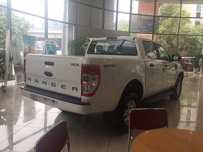 xe-ford-ranger-xls-at-mau-trang-10