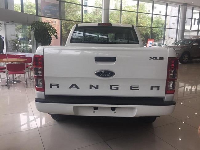 xe-ford-ranger-xls-at-mau-trang-11