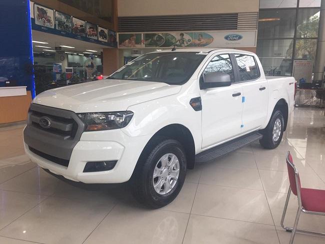 xe-ford-ranger-xls-at-mau-trang-4
