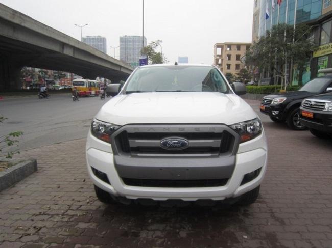 xe-ford-ranger-xls-at-mau-trang-6