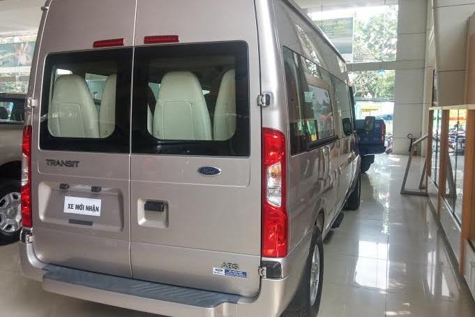 Ford_transit_2