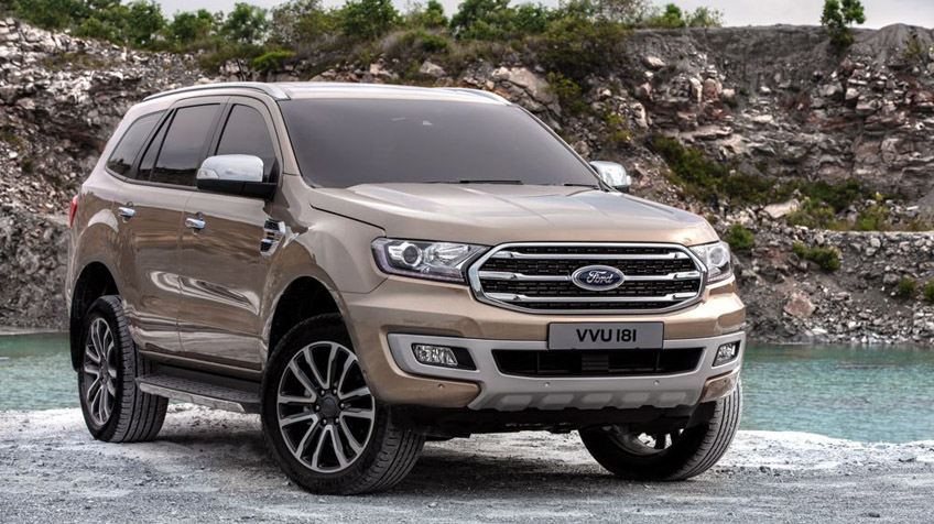 24-Ford-Everest-2018