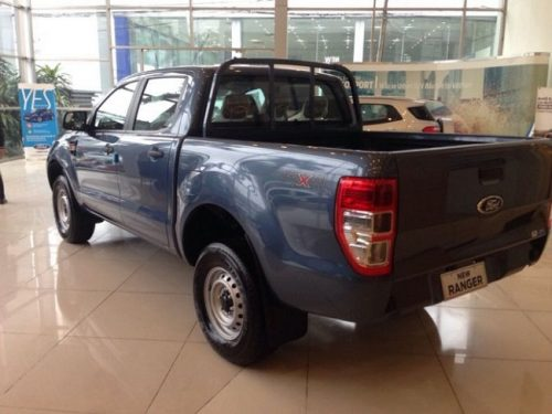 xe-ford-ranger-xl-4x4-mt-500x375