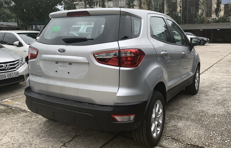duoi-xe-ford-ecosport-2021-2022-moi-mau-bac-tai-fordthanglong-2