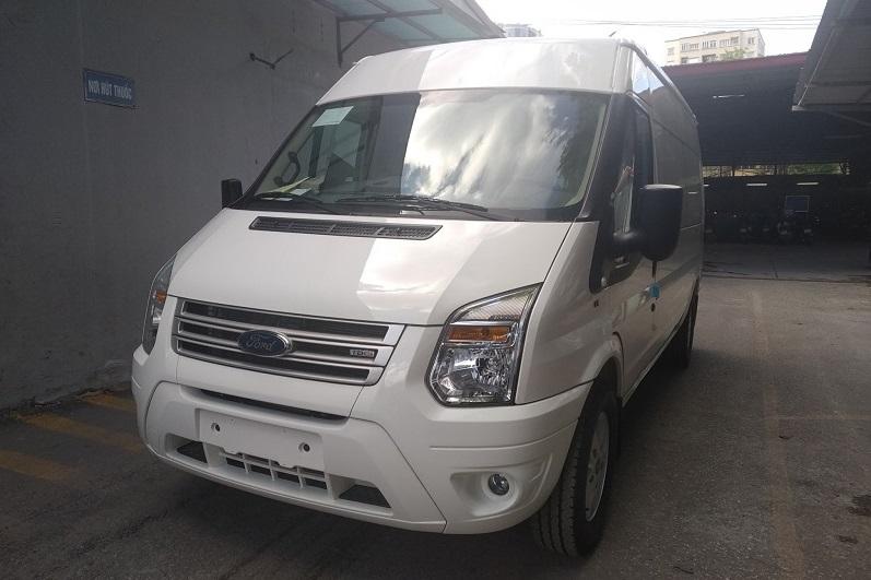 ford-transit-cai-tao-ha-tai-thanh-xe-van-cho-hang-10