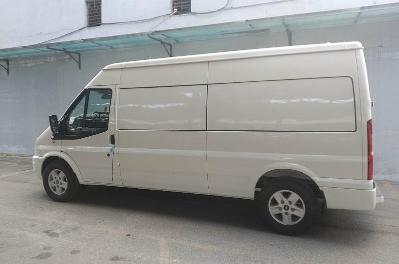 ford-transit-cai-tao-ha-tai-thanh-xe-van-cho-hang-13